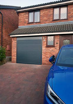 anthracite grey colour roller garage door in aluminium